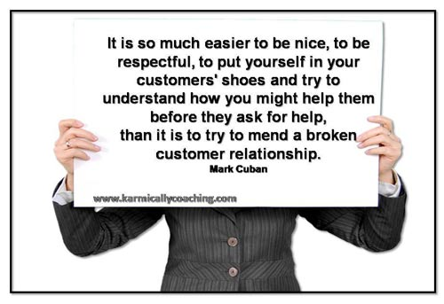 Placard with rule for not breaking customer relationships